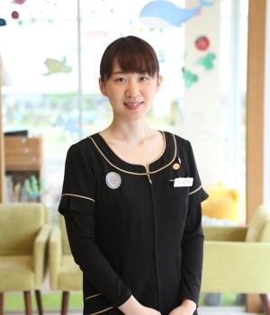 青山佳奈 歯科衛生士