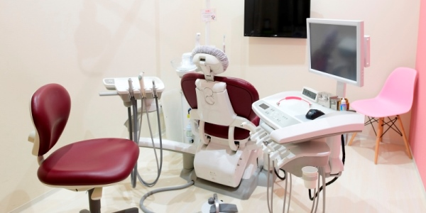 幸田町歯科医院 完全個室の診療空間